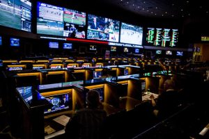 Middling Strategies: How To Bet On The Middle For Sports